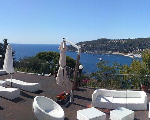 costruzione piscina interrata costa azzurra Francia panoramica
