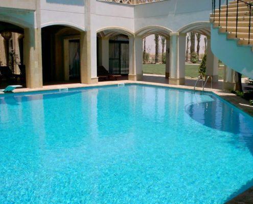 costruzione piscina interrata stile egitto 04